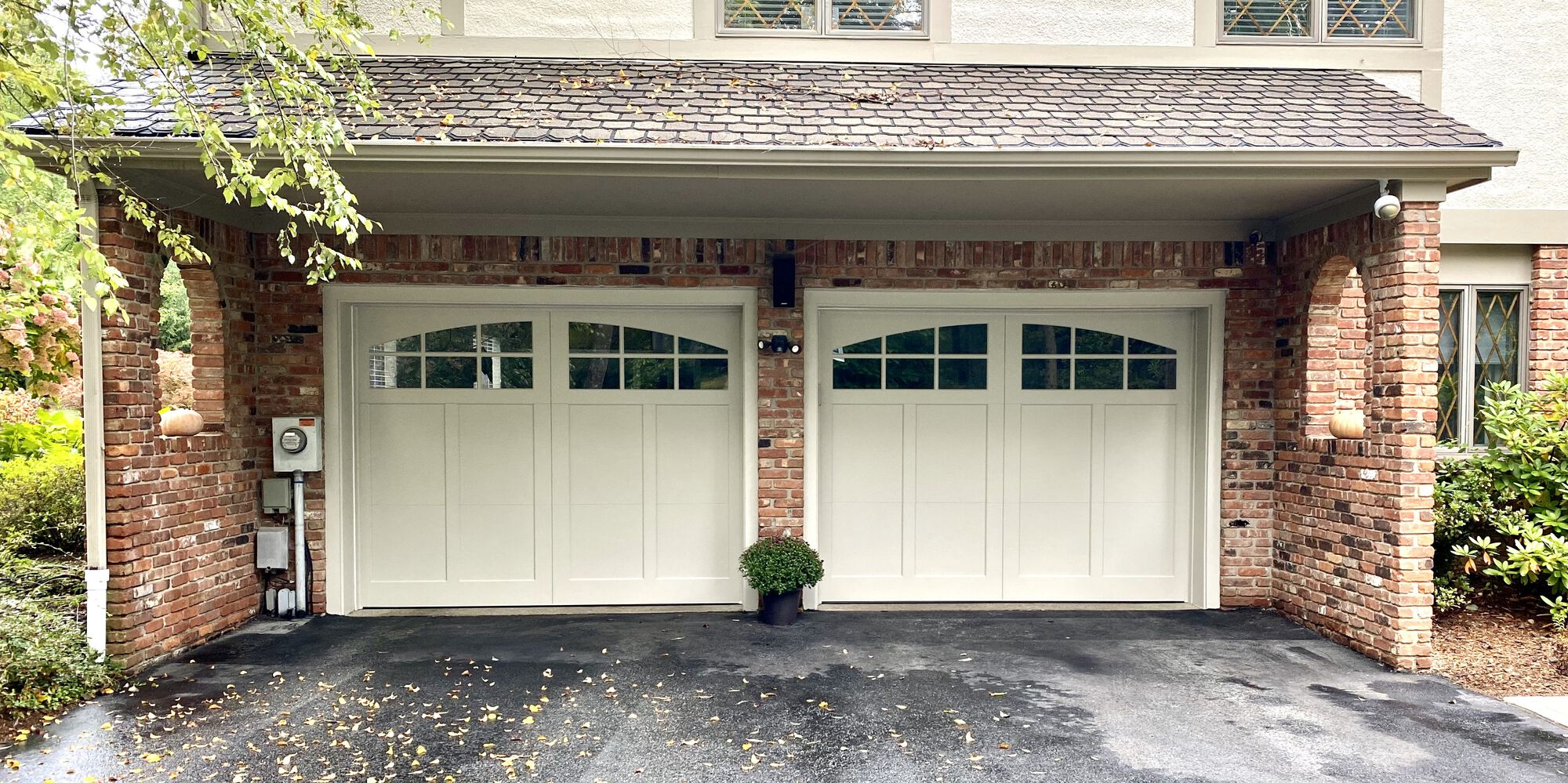 Composite Carriage Style Garage Doors In Sussex County NJ