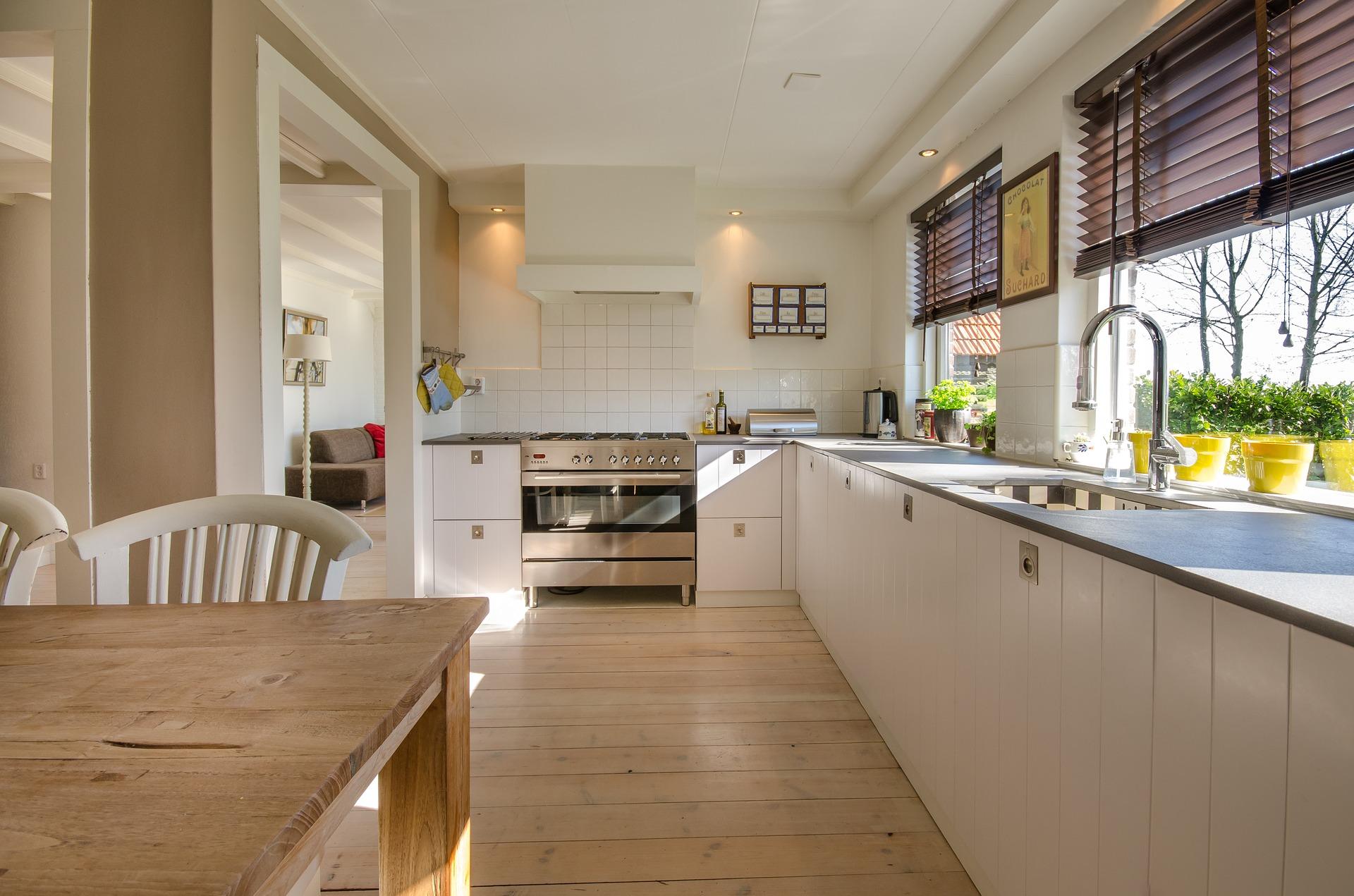 kitchen-2165756_1920 (1).jpg