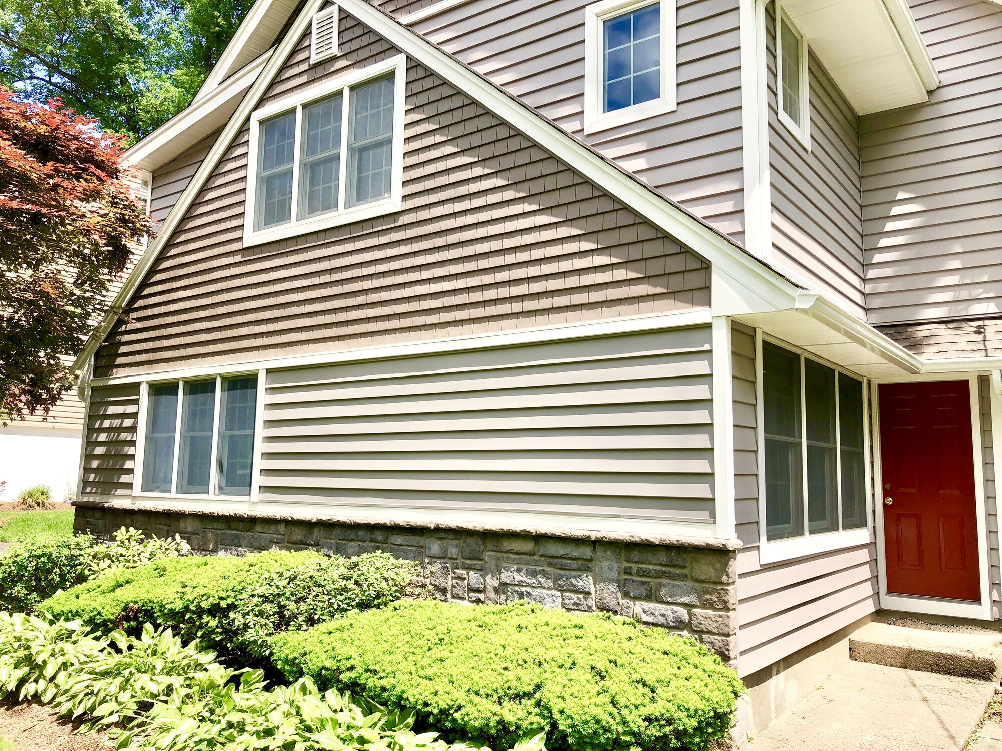 Certainteed Shake and Insulated Clapboard Siding with Boral Sculpted Ashlar Stone Foundation in Ridgewood, Bergen County NJ